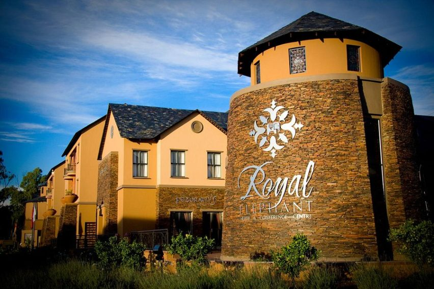 Royal Elephant Hotel & Conference